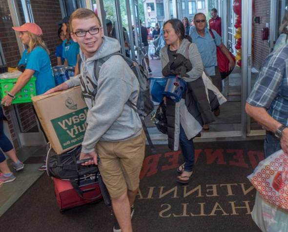 Students and parents at University of Denver move-in day.